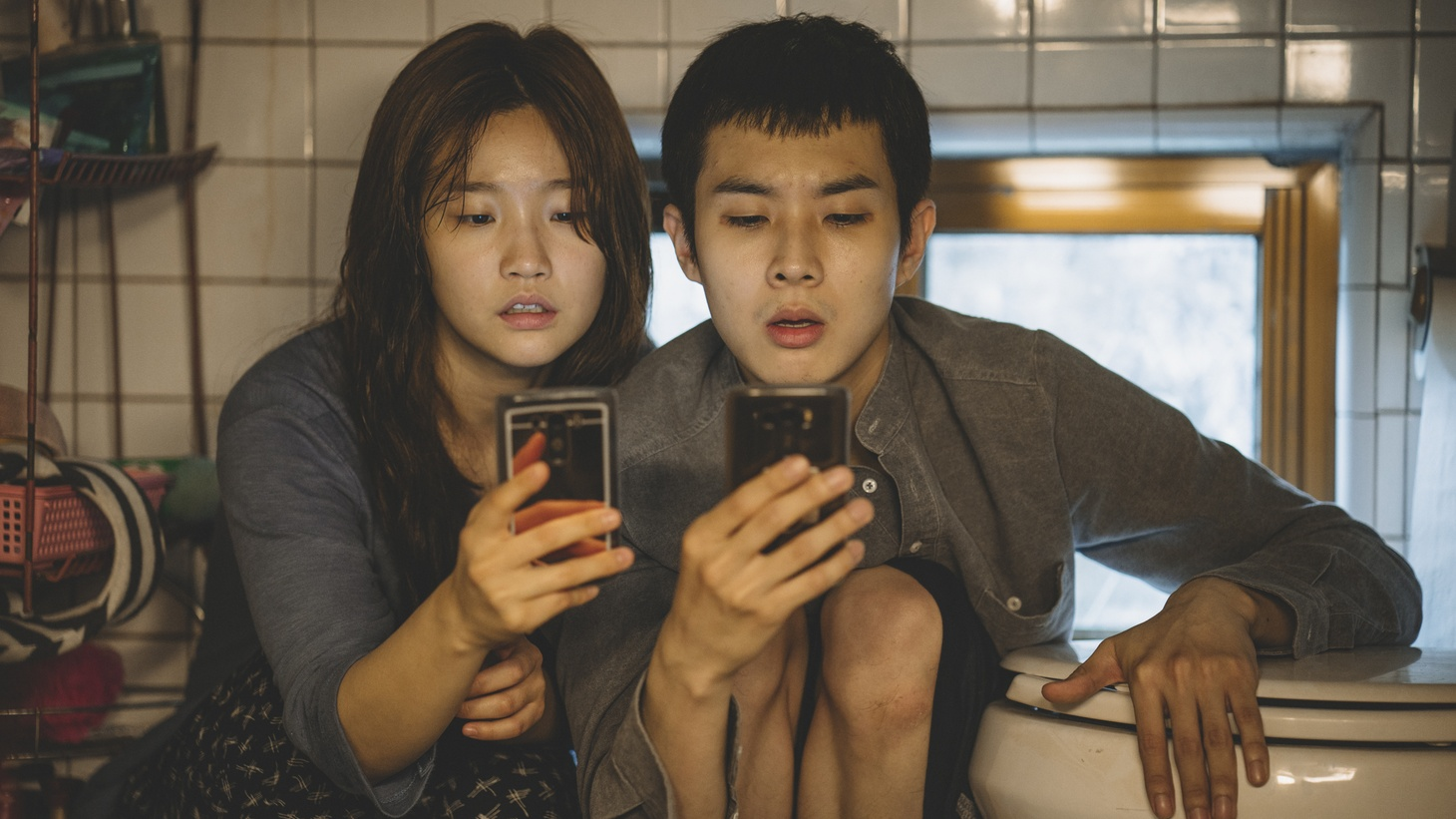 """Park So-dam and Choi Woo-sik in """"Parasite."""""""