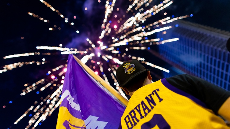 PHOTOS: Angelenos celebrate in the street after Lakers' victory