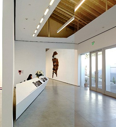 Kordansky Gallery's new space. Architecture by Kulapat Yantrasast.
