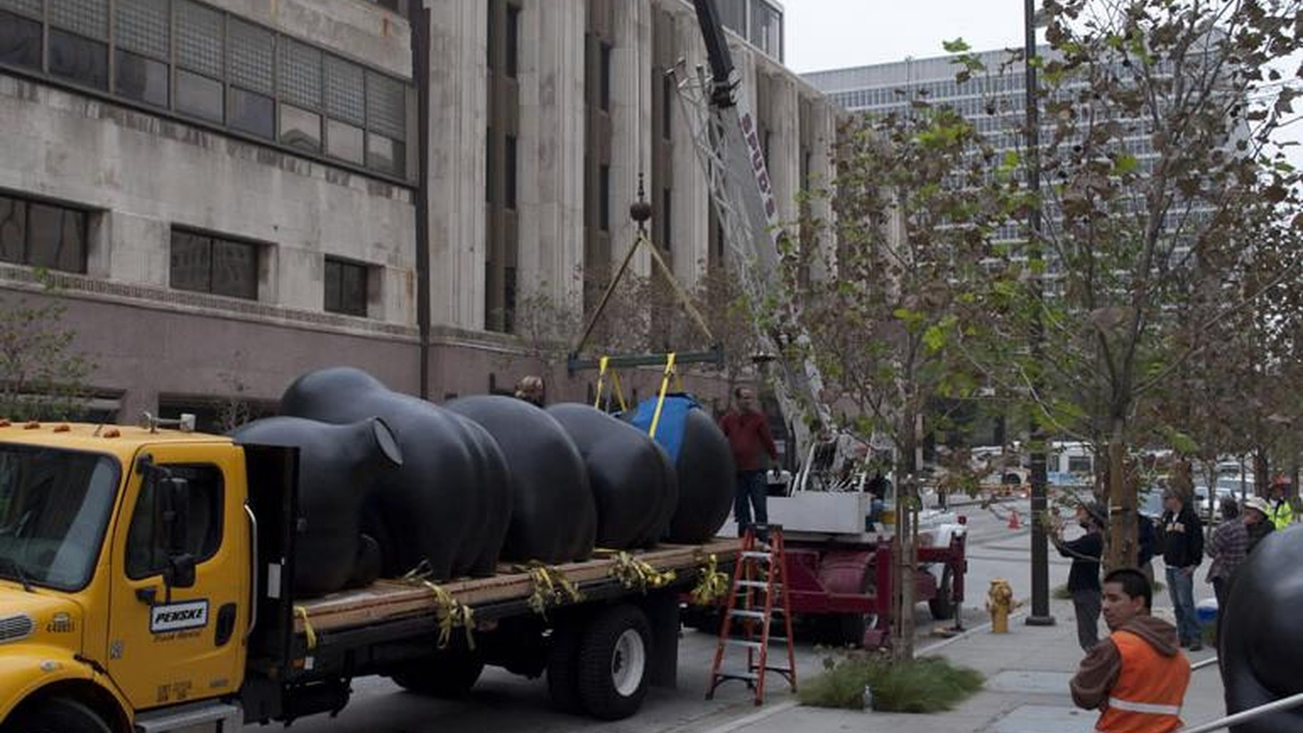 So, what would you think about the LA Police Chief if you heard that he had expressed support for a controversial public artwork installed in front of the new police headquarters? Would you worry? Rest assured, outgoing Police Chief William Bratton simply hates the eight monumental bronze sculptures installed at the new LAPD...