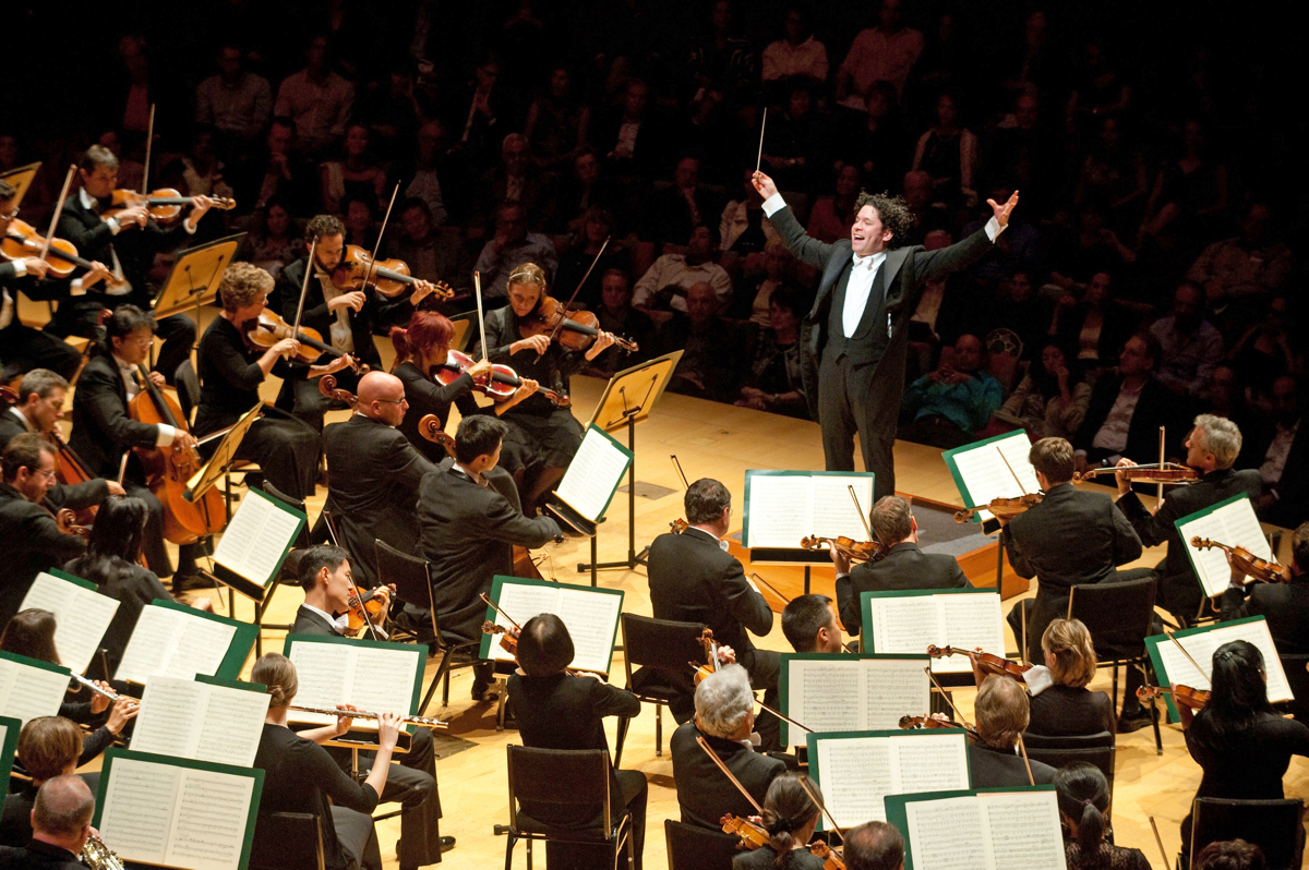 at151208Dudamel-VernEvansLAPhil.jpg