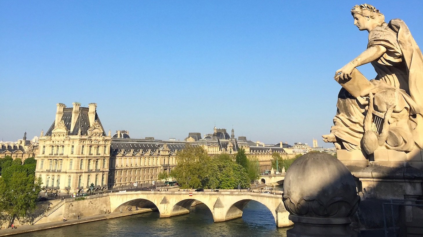Edward Goldman shares his recent adventures in the Paris Region of France.