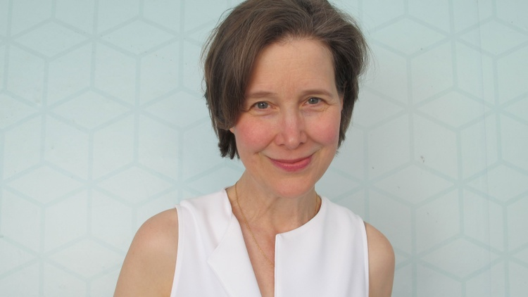 Ann Patchett's latest novel, Commonwealth, follows fifty-two years in the life of a large family.