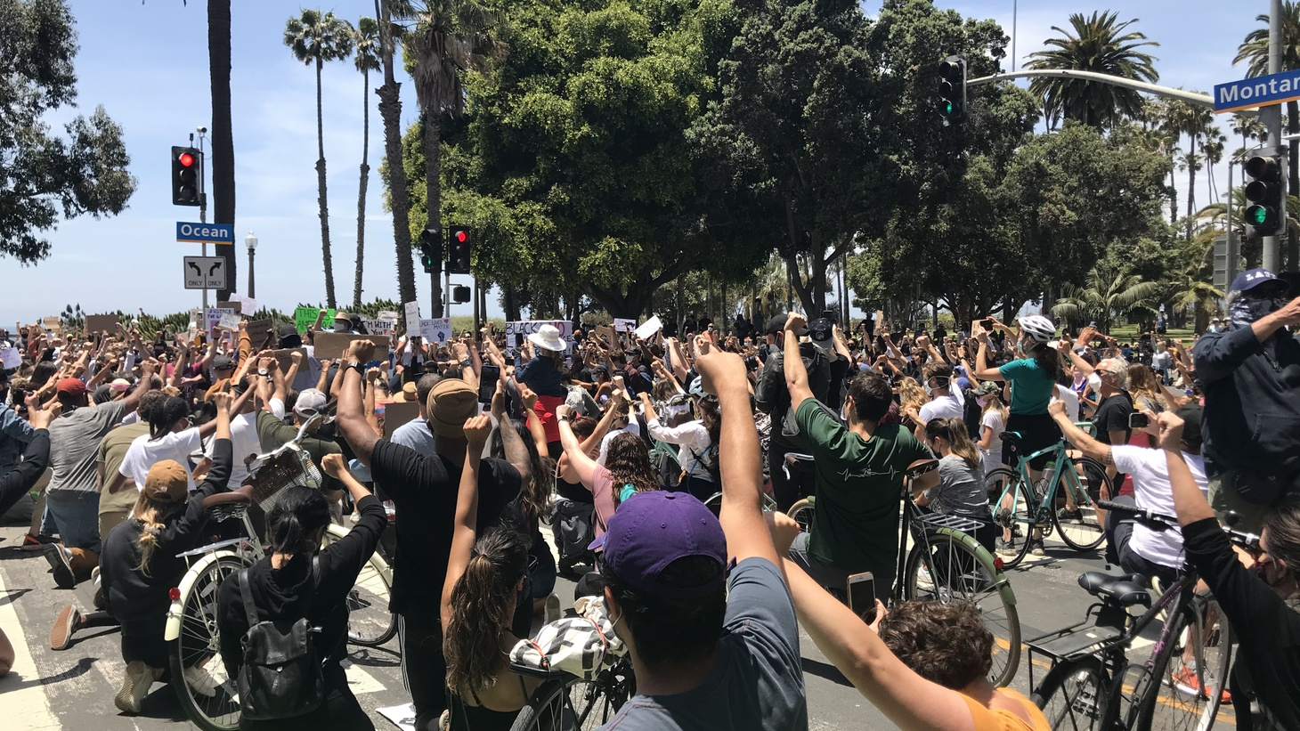 Sunday morning, May 31: protestors gather at Ocean and Montana Avenue in Santa Monica to register their support for an end to racial injustice. Photo by Frances Anderton.