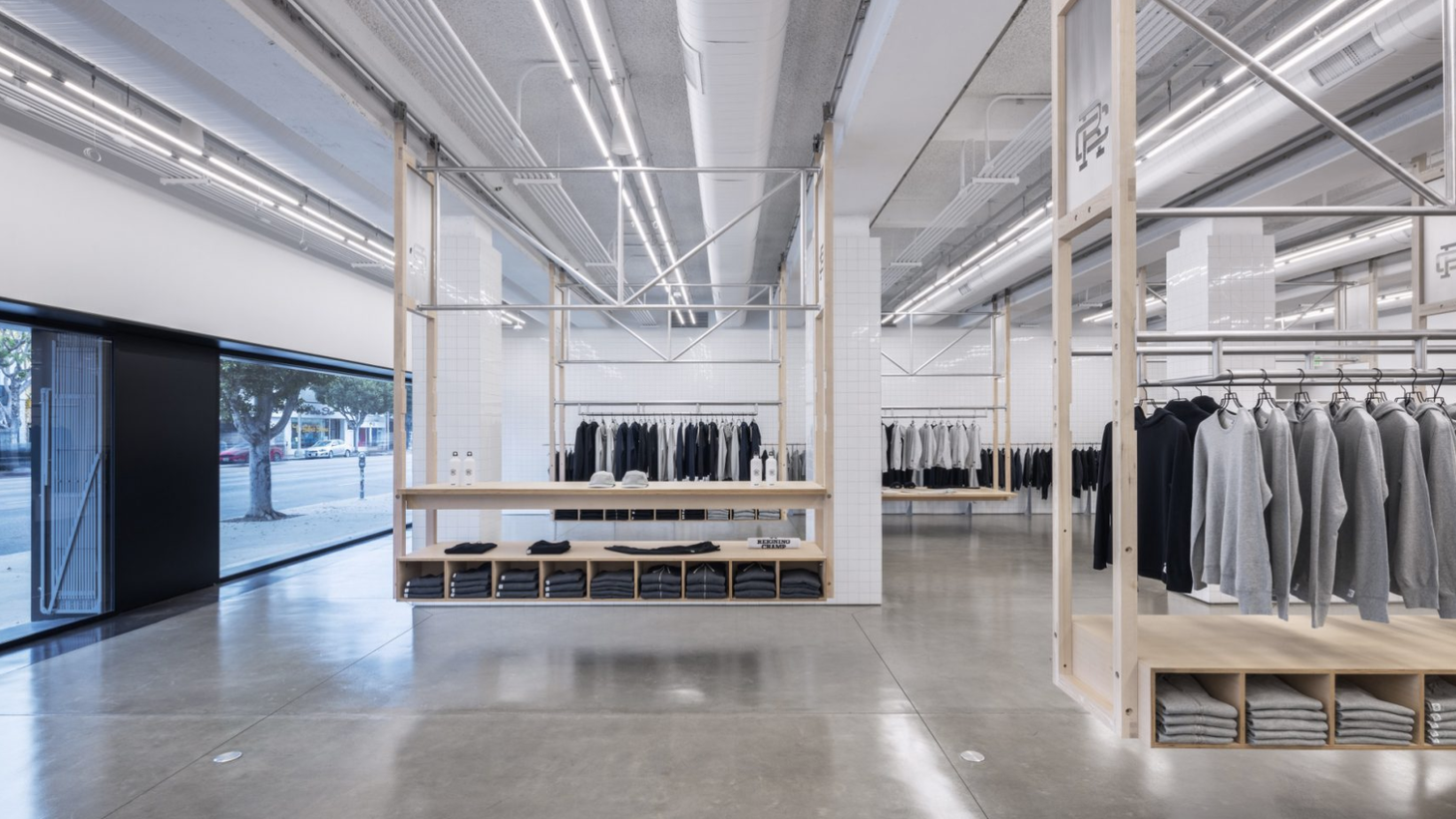 Reigning Champ, 115 South La Brea Ave, Los Angeles, designed by Peter Cardew Architects, shortlisted for Dezeen Awards 2020. Photo: Mike Kelly