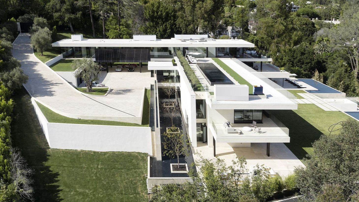 The Paul McClean designed Bel Air home built for Beyoncé and Jay Z.