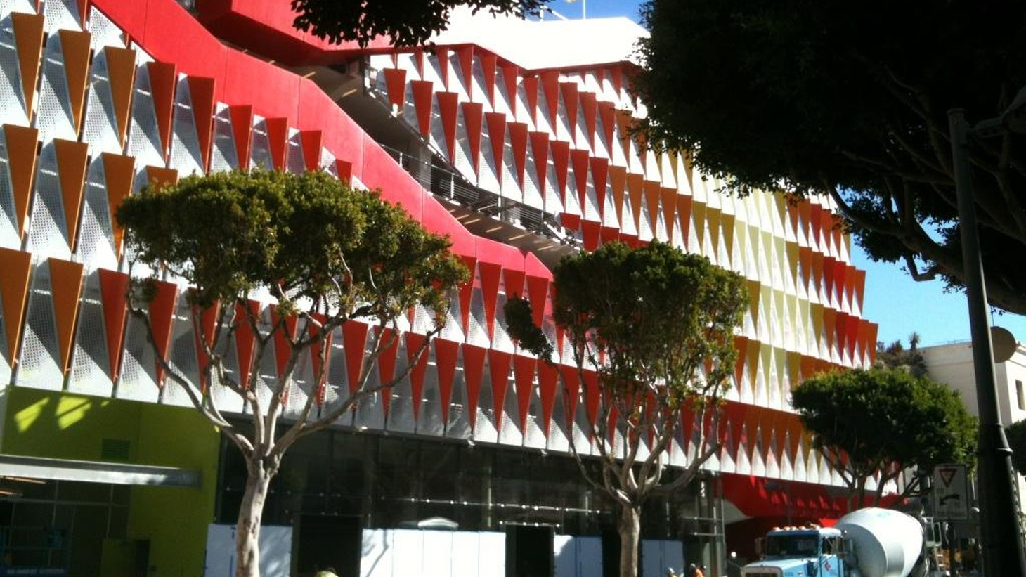 A parking structure pedestrians can love; Ace Hotel opens in L.A.