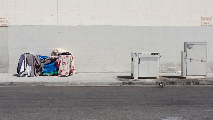TheLos Angeles City Council is consideringtwoseparate measures to address homelessness in the Southland — a $1.2 billion bond to pay for housing for the homeless over a decade, or…