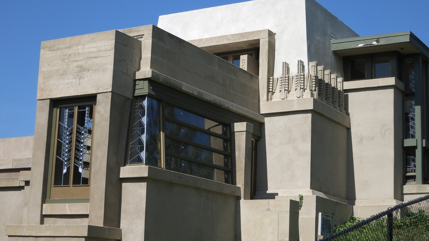 """Celebrated architect Frank Lloyd Wright was born 150 years ago last week, and the anniversary has been recognized with events and exhibitions. His style of """"organic architecture"""" can be seen in his Los Angeles houses, including the Hollyhock House in Barnsdall Park. Why does this architect still tower in the public imagination?"""