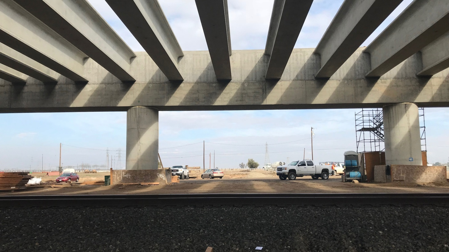 The pergola in the San Joaquin River Viaduct will allow California's high-speed rail to cross over the Union Pacific tracks at the south end of Fresno. Photo credit: Avishay Artsy.