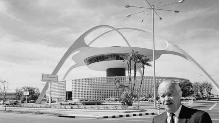 Paul Revere Williams with his Theme Building at Los Angeles International Airport Photo courtesy Julius Shulman Photographic Archive/The Getty Research Institute 