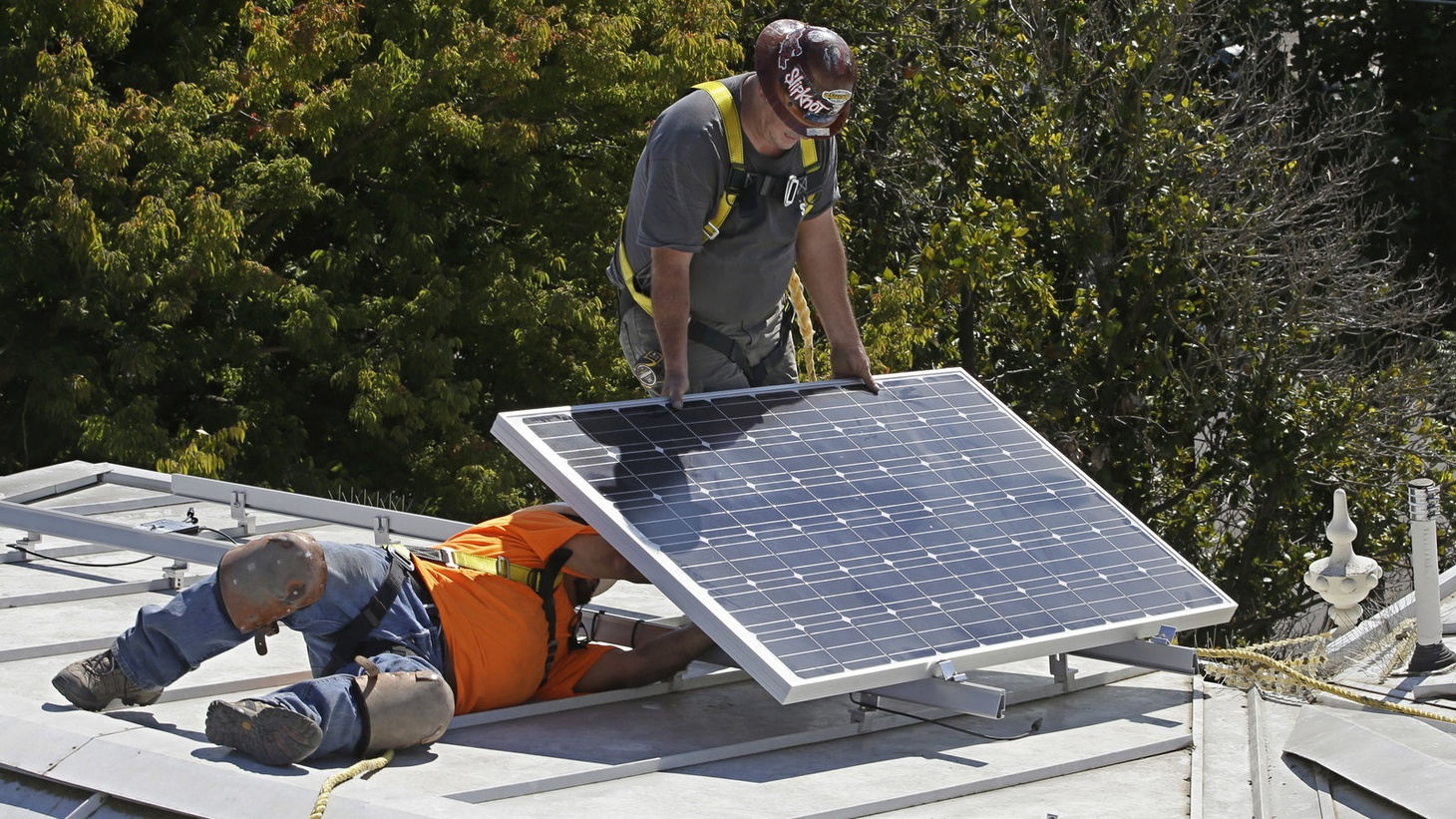 California predicts mandatory solar panel installations will add nearly $10,000 to the upfront cost of a home — money that will be recouped through energy savings.
