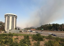 Skirball Fire threatens Getty Center