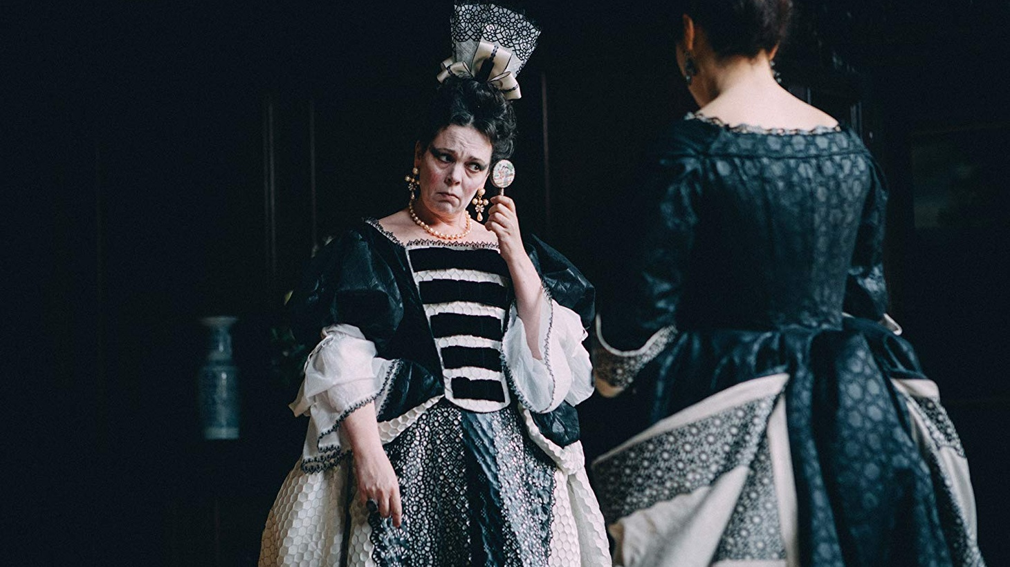 Rachel Weisz and Olivia Colman in The Favourite (2018).