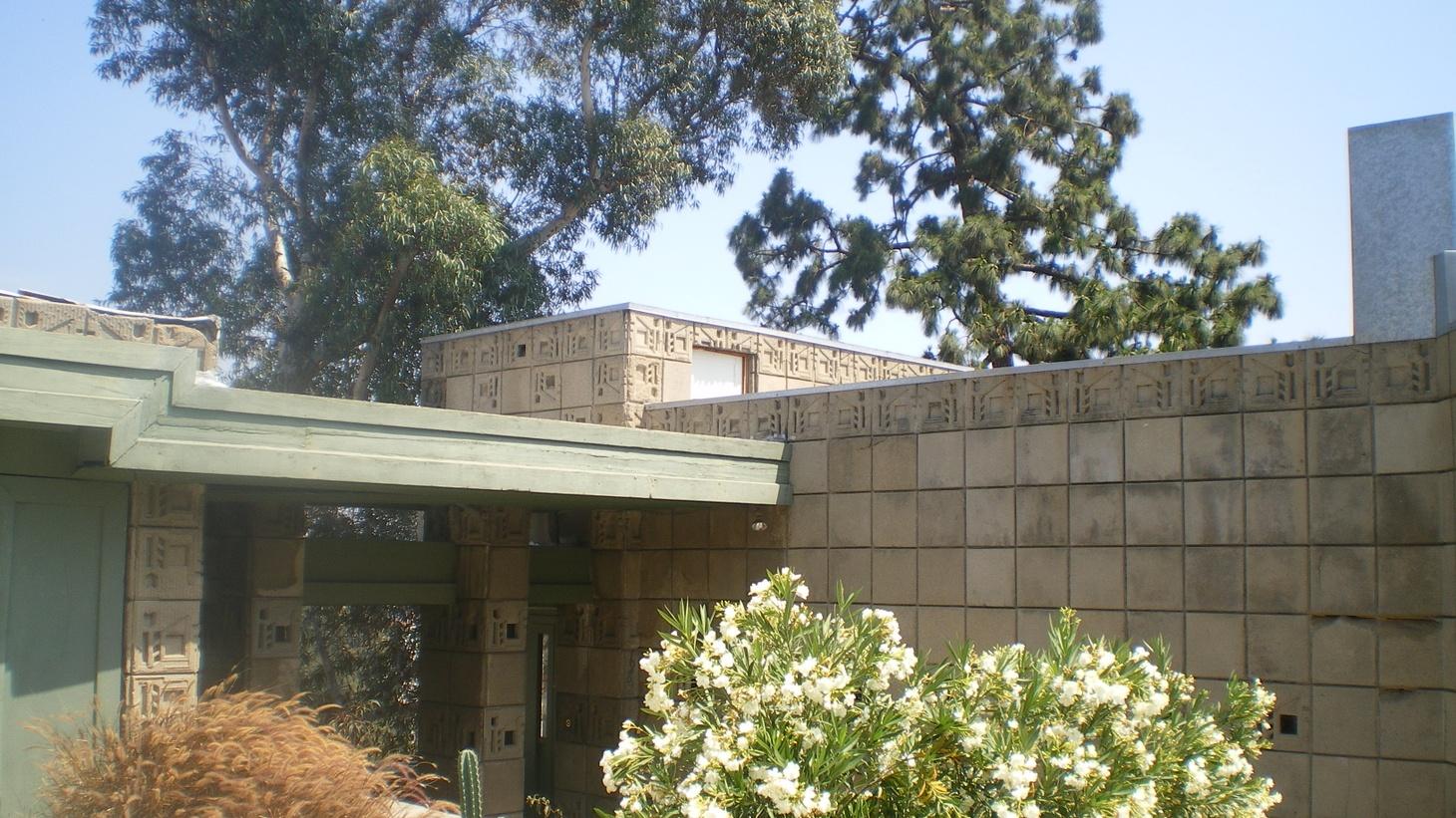 Frank Lloyd Wright's Samuel Freeman House