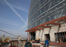Wilshire Grand nears completion