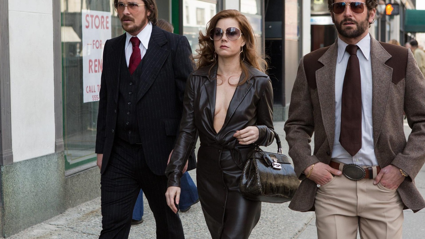 Ho, hum, another holiday season and another great movie from David O. Russell.