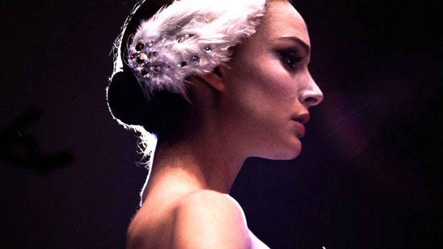 Fine actors can reveal complex feelings in a flash, and one of those flashes comes early in Black Swan.