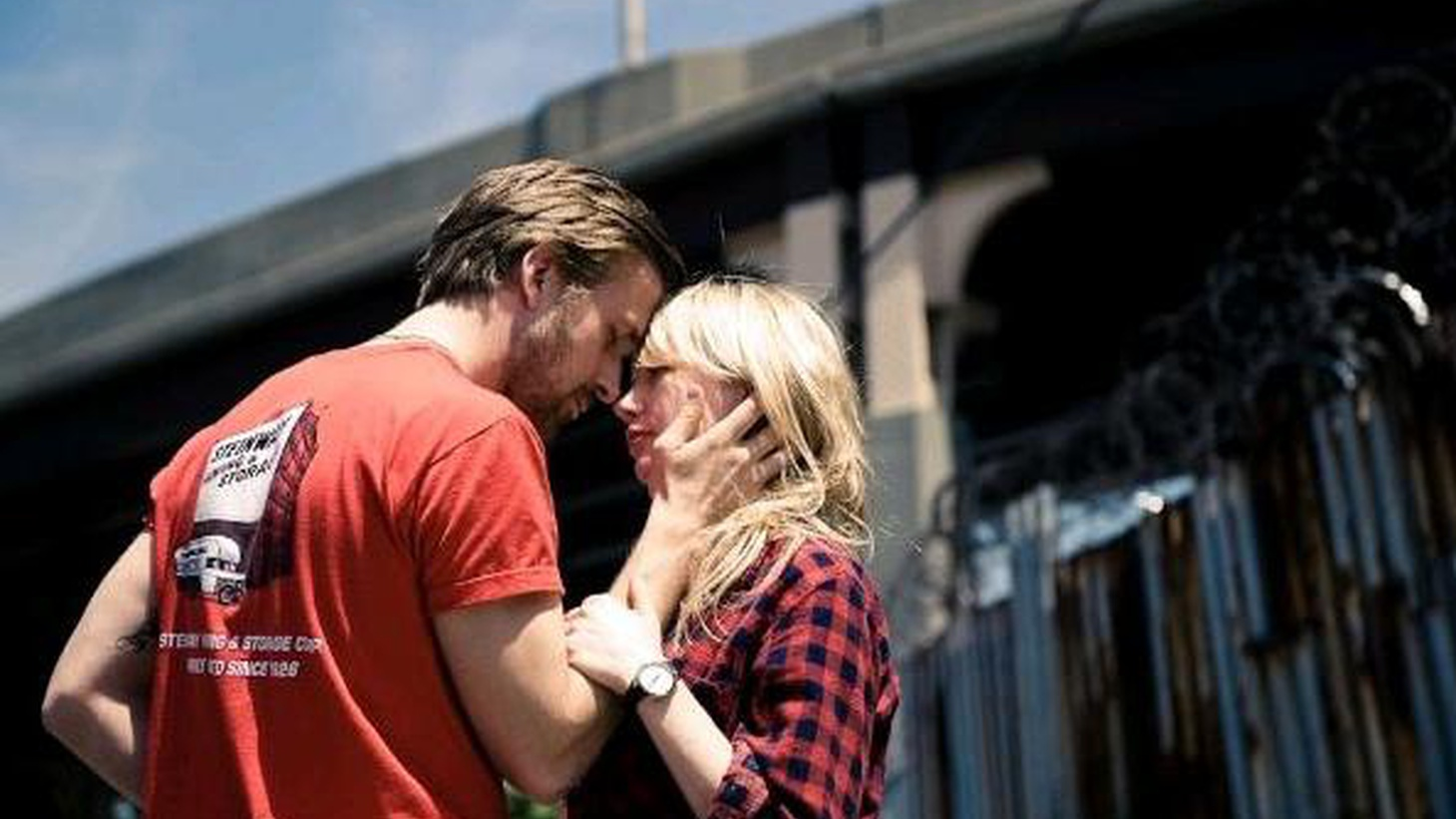 Blue Valentine is the auspicious directorial debut of Derek Cianfrance, and it can be crushing in its portrayal of how two people who truly do love each other come to lacerate and eventually devastate each other. The heartbreaking brilliance of this film lies in its contradictions...