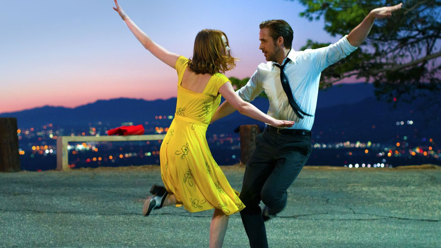 WEB BONUS: La La Land is a crowd-pleaser if ever there was one and Joe Morgenstern couldn't be more pleased to be part of the crowd.