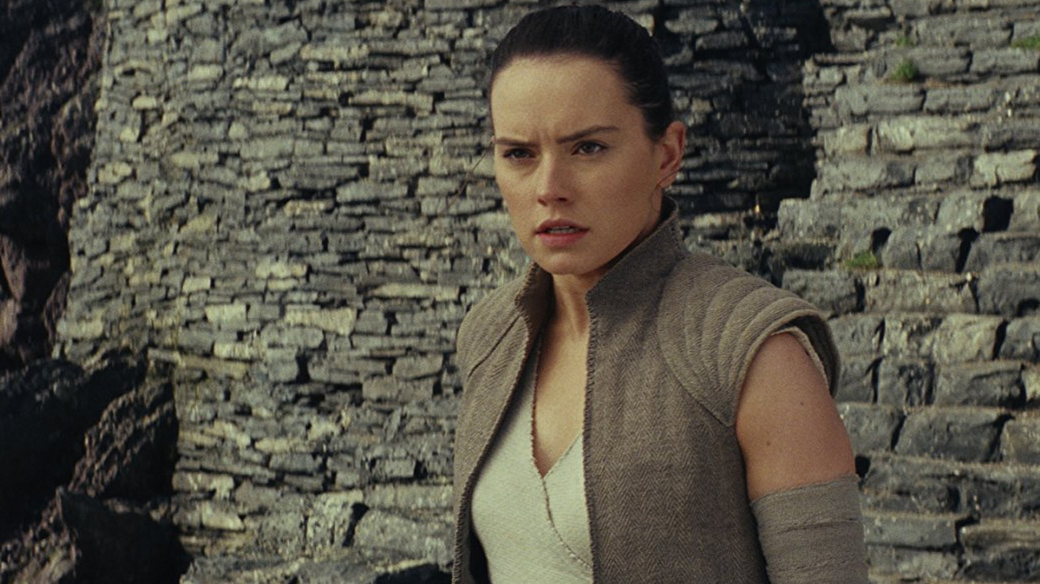 The Last Jedi starts where The Force Awakens left off. The rebels are in full retreat, and Rey has discovered Luke Skywalker as a monkish hermit on a faraway island of a really faraway planet. The question is what comes next...