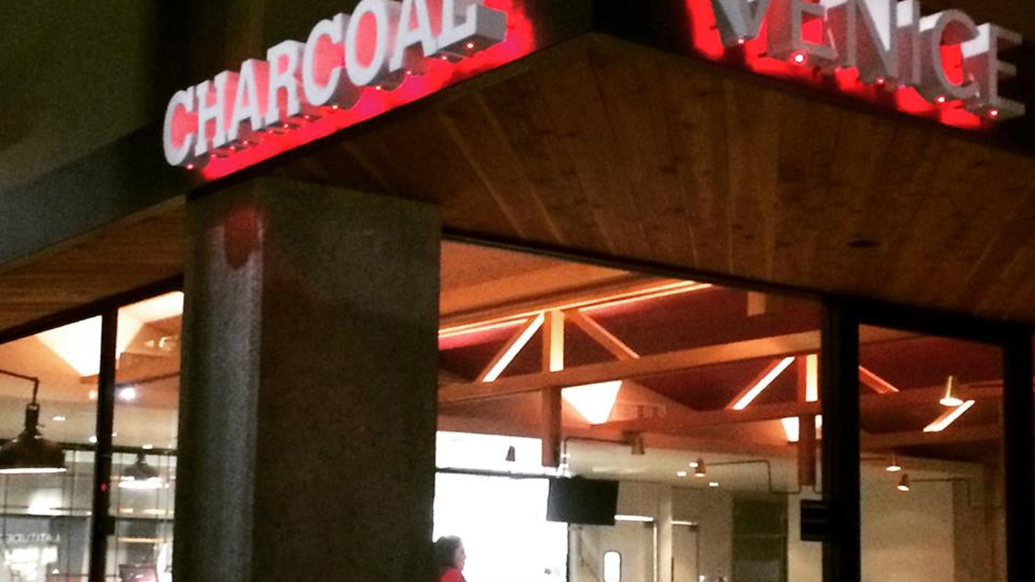 Food critic Jonathan Gold discusses some of the dishes he likes at Charcoal Venice, a new restaurant from Josiah Citrin.