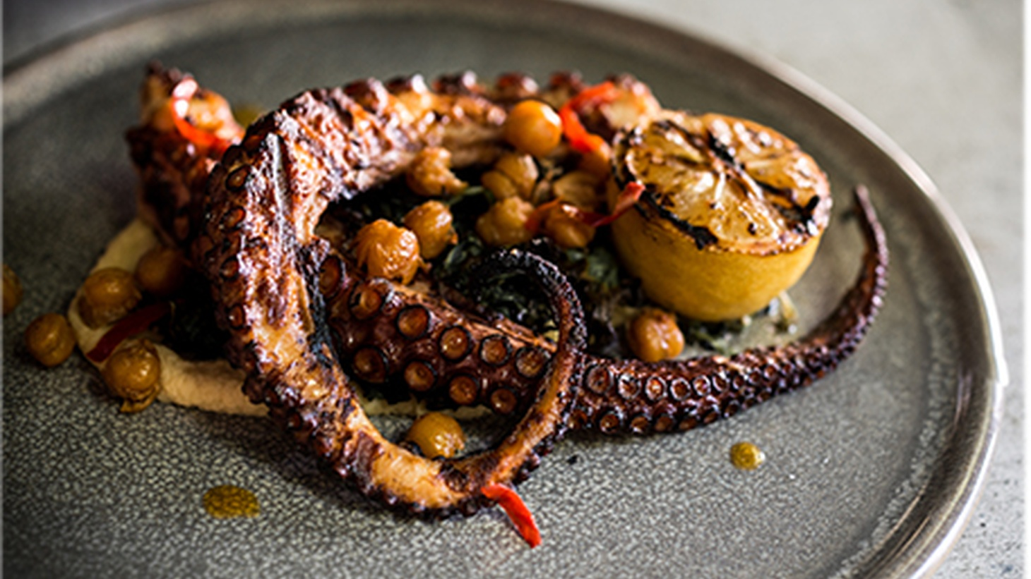 LA Times food critic Jonathan Gold swings by Akasha's new rustic Italian concept AR Cucina in Culver City.