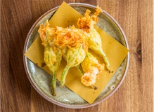 Jonathan Gold reviews Felix in Venice