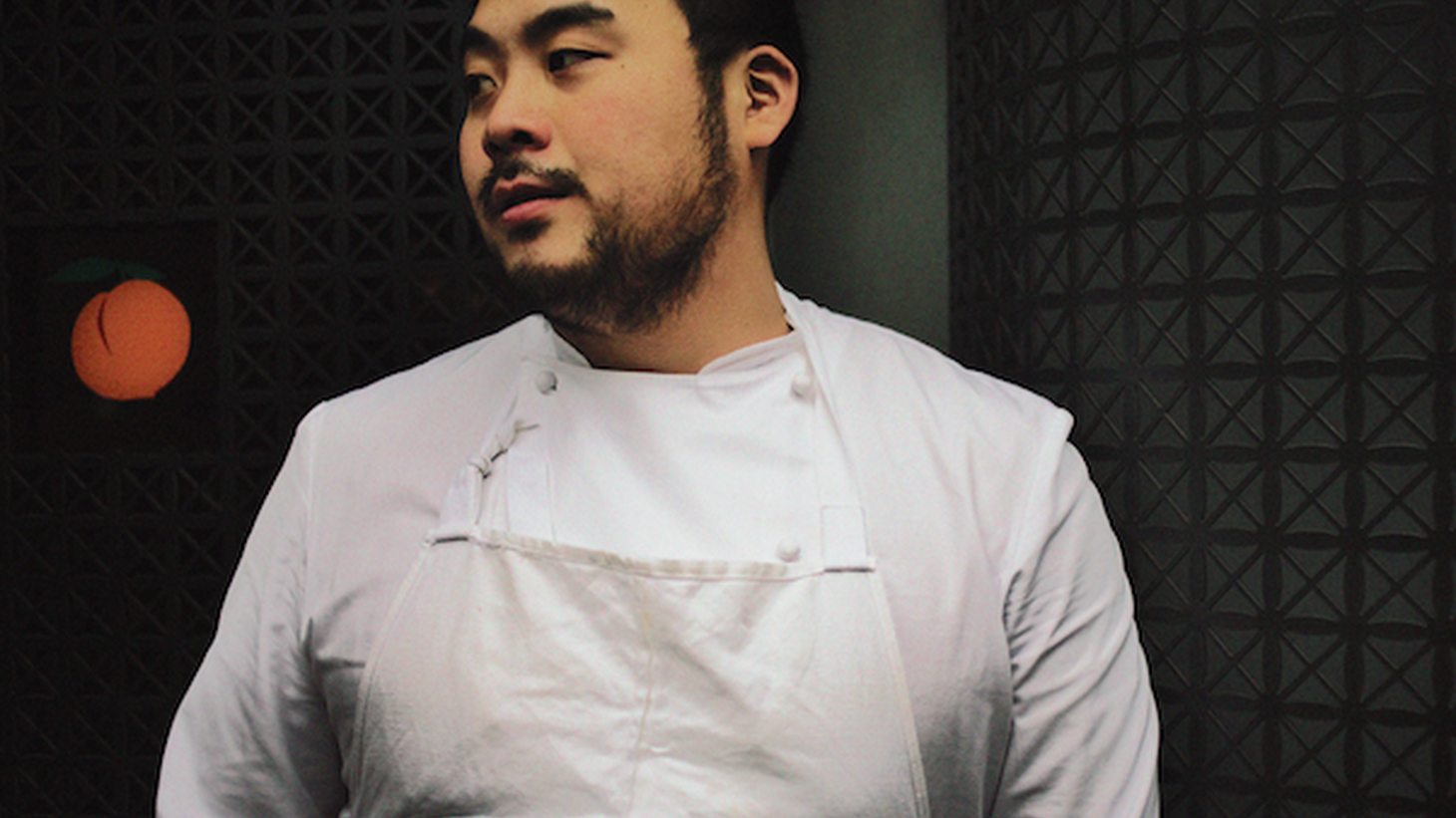 Admitting a prior history with David Chang, Jonathan Gold gives a blow-by-blow account of his meals at Majordomo, the Momofuku founder's first foray into Los Angeles.