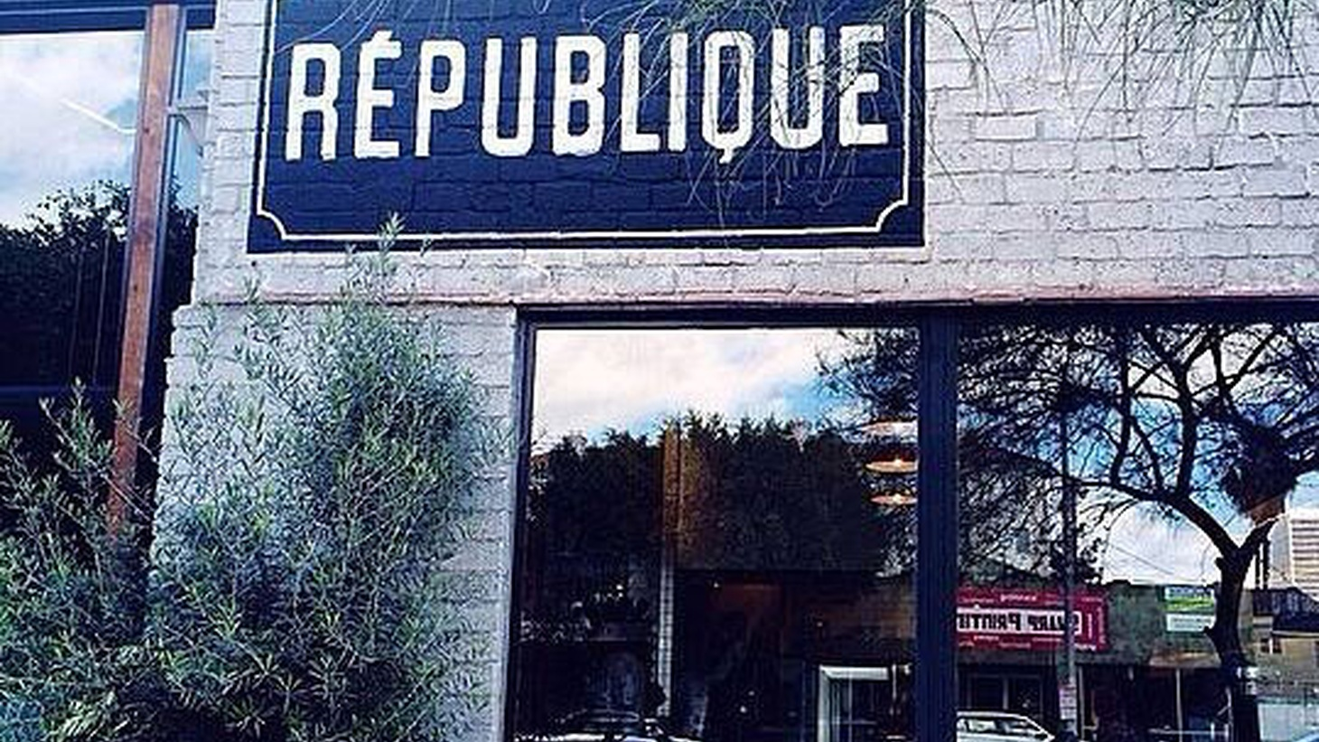 Jonathan Gold reviews République, chef Walter Manzke's bistro in the former Campanile space
