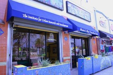 Mama's Storefront