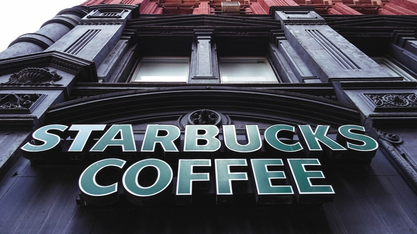 Large operators such as Starbucks have invested in technology, loyalty programs, and delivery apps prior to the pandemic which accounts to their success and growth in spite of the pandemic.