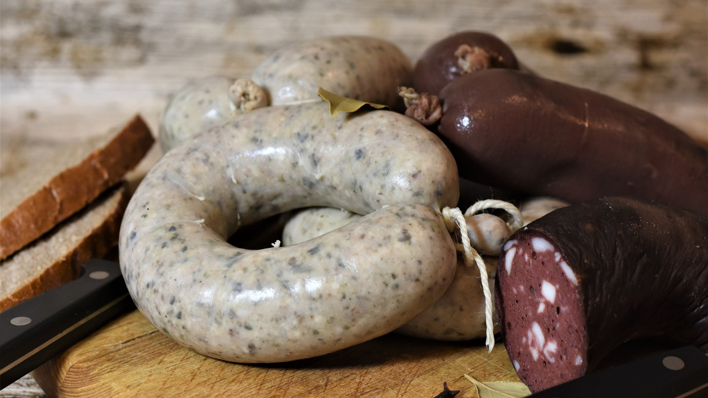 In the Odyssey, Homer describes that war heroes were rewarded with blood sausage, seen here with a liver version.