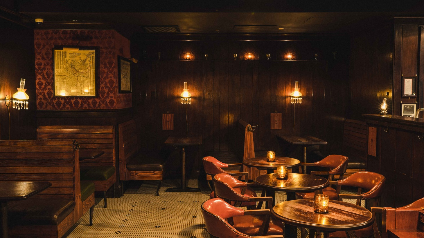 The Varnish is a classic cocktail bar with old-timey recipes and Eric Alperin behind the stick.