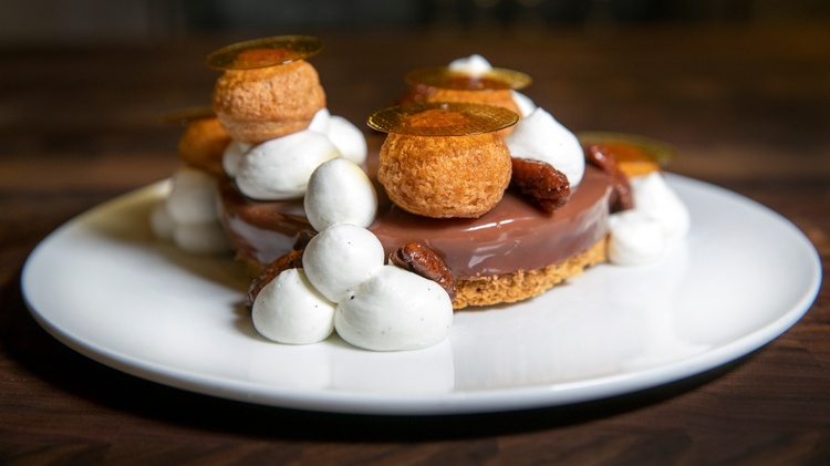 LA Times restaurant critic  Bill Addison  recently   visited   Bon Temps   in the Arts District, the first solo restaurant from noted pastry chef Lincoln Carson.