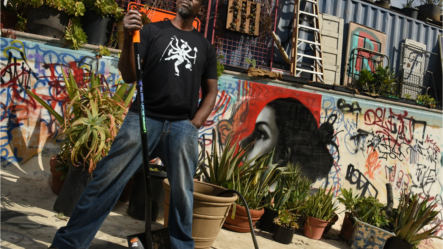 """Artist and community activist Ron Finley discusses how he's changing South LA, one garden at a time. Chef Jeremiah Tower talks about starring in """"The Last Magnificent,"""" a new documentary about his role as one of the defining figures in the early days of California cuisine. Plus: Laura Avery stuffs her """"Good Food"""" tote full of green garlic, while Evan and The Sporkful's Dan Pashman get into a heated dough-bate about donuts."""