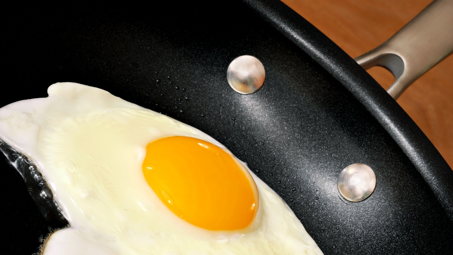 """What's the best type of nonstick pan? """"A new one,"""" answers Anna Hezel."""