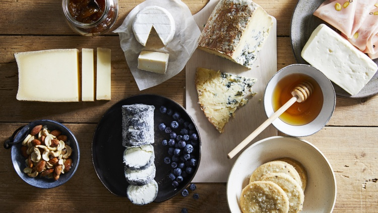 The fall and winter holidays are approaching, so you might find yourself wondering what to bring to parties. Writer Thalassa Skinner suggests reviving the art of the cheese board.