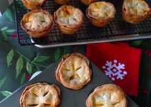 PieCast 2: Ready made crusts, tips for vegan baking and Cuban pies