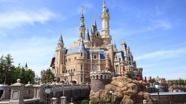 Shanghai Disneyland reopening, Hollywood still in limbo