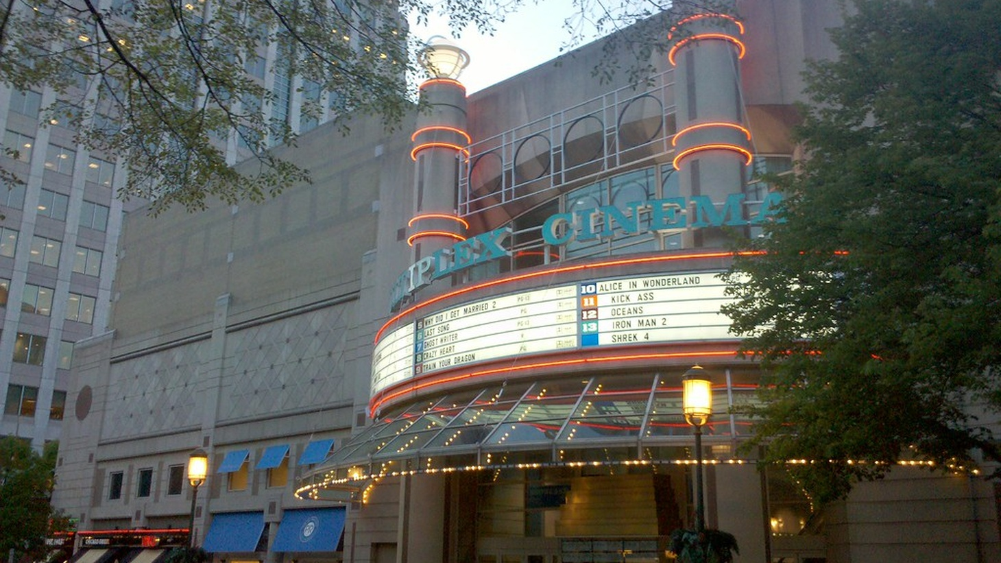 Independent movie theaters and other live entertainment venues may get a boost from the most recent stimulus package.