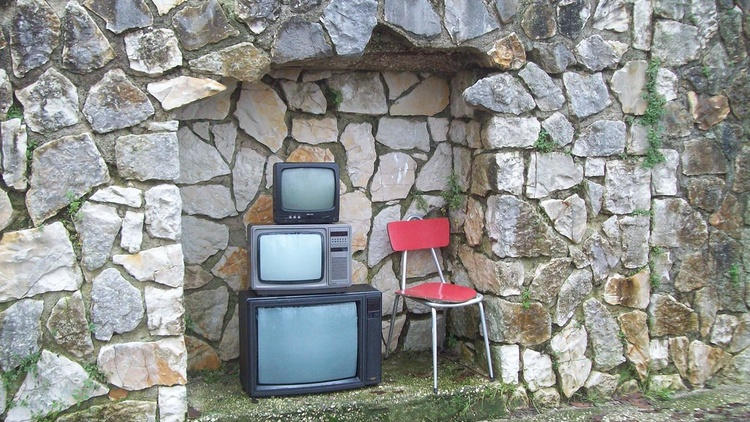 TV advertisers are changing the channel