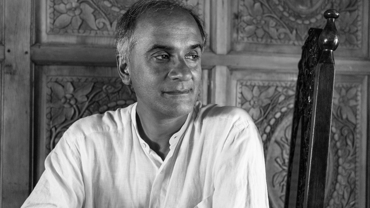 Author Pico Iyer and Pravrajika Vrajaprana, a Vedanta nun,   talk with KCRW's Jonathan Bastian about the purpose of pilgrimage in modern day times following his interview with NYT…