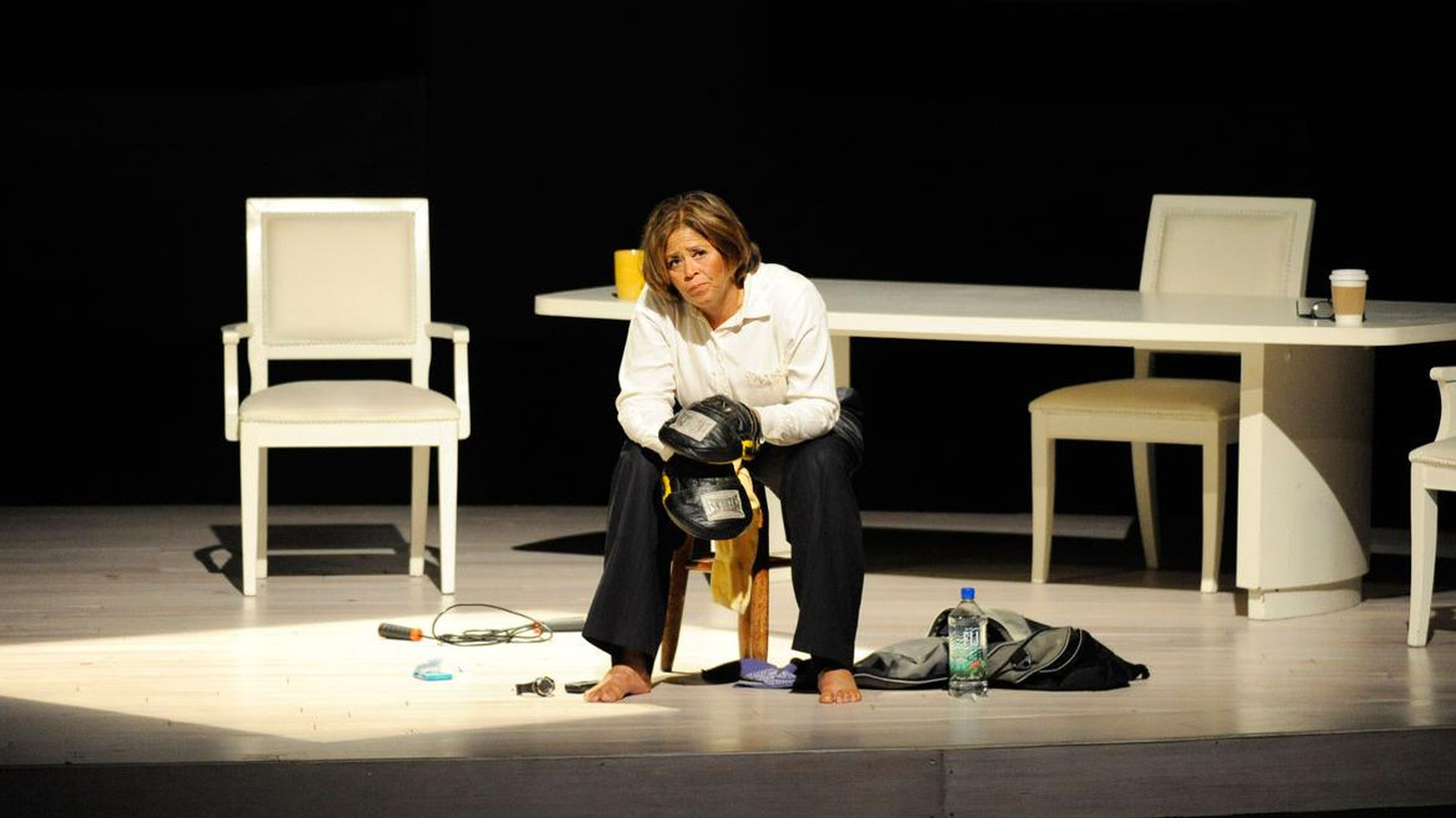 Longtime Angelenos will remember Anna Deavere Smith's brilliant and haunting play called Twilight: Los Angeles about the aftermath of the Rodney King trial.  She's back...