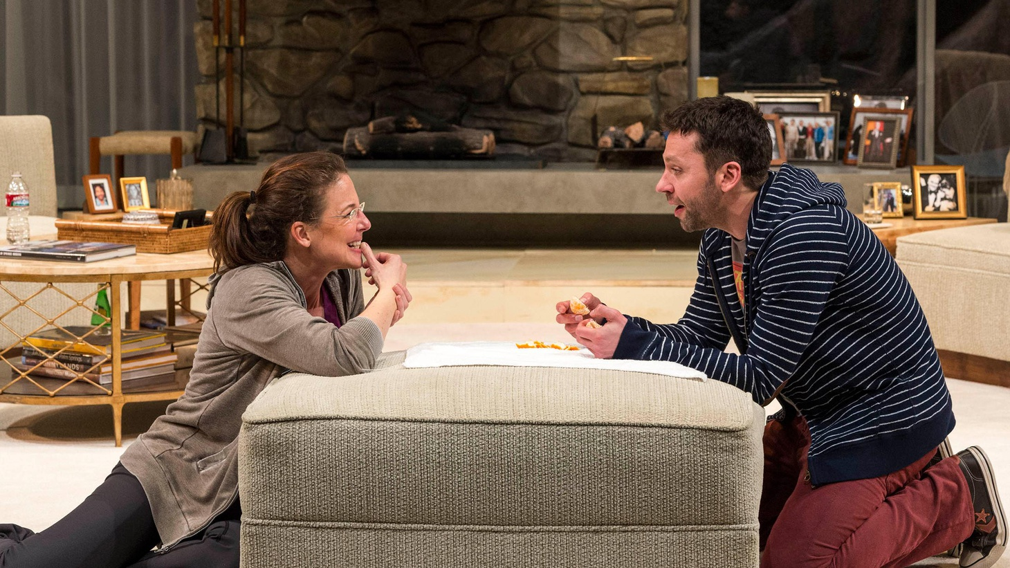 """Nothing brings out family dysfunction quite like the holidays, does it? That's where Jon Robbin Baitz's play, """"Other Desert Cities,"""" at the Mark Taper Forum begins."""