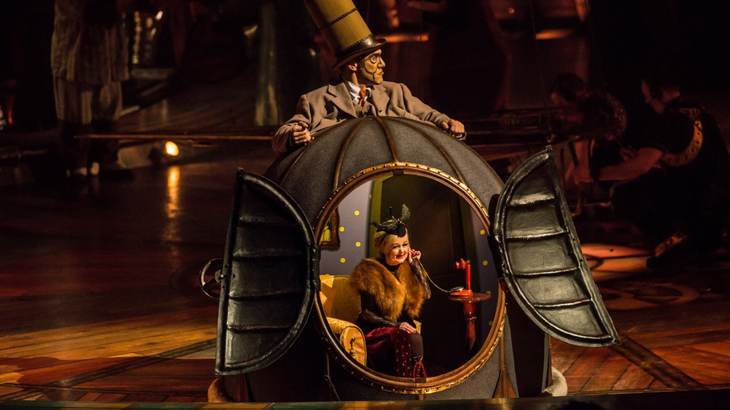Cirque du Soleil's latest show, Kurios, repeats their favorite recipe and manages to recapture the magic. It's the best Cirque show to make it through LA in years.