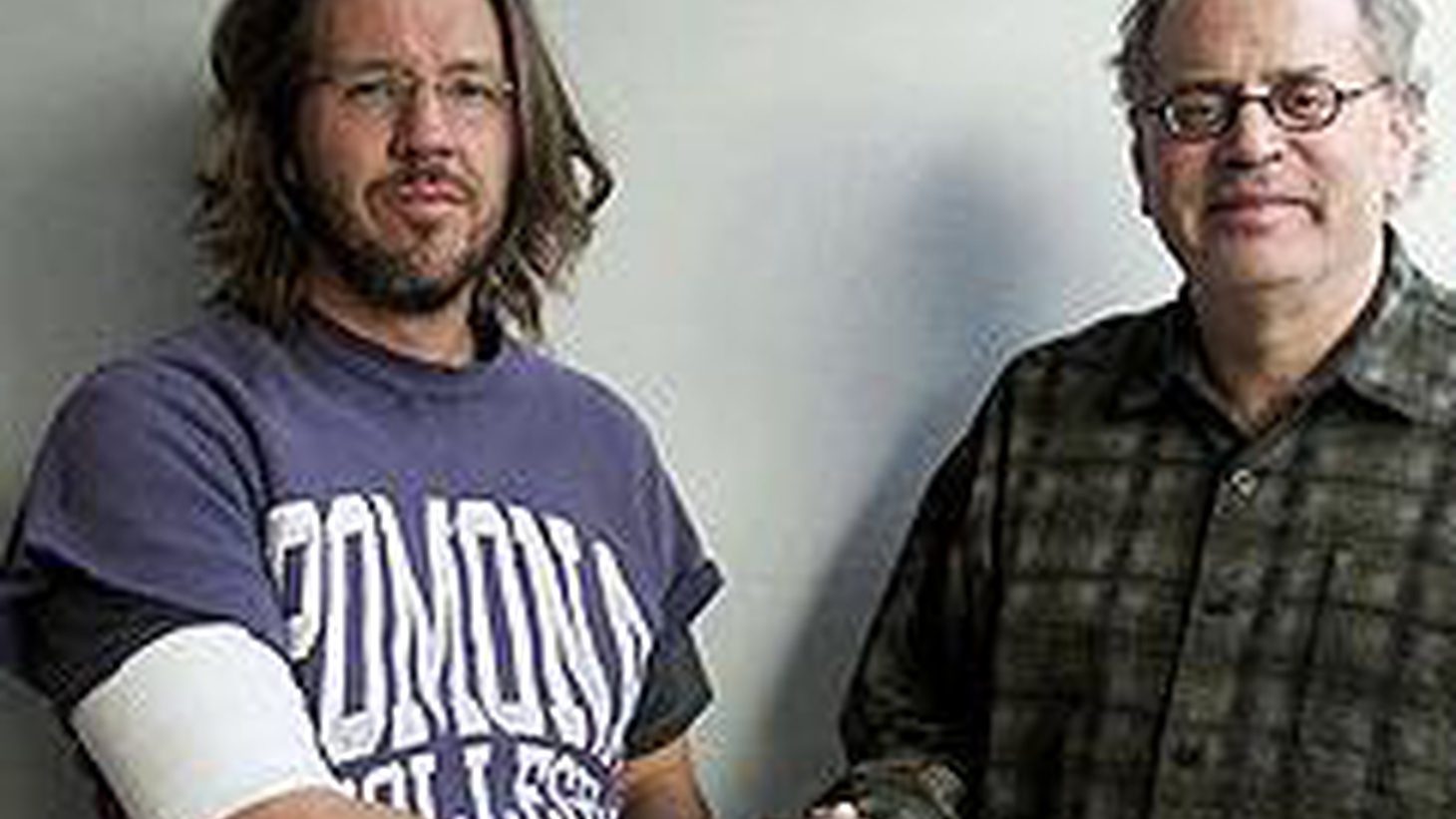 Author David Foster Wallace died on Friday leaving the literary world in astonished disbelief. Bookworm Michael Silverblatt hosts this special edition of Politics of Culture to remember him.