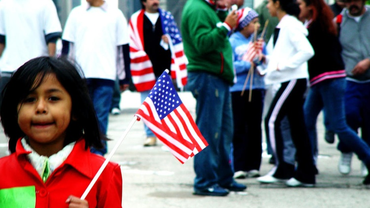 Helen Sklar, immigration attorney for more than 33 years, discusses the basis of the immigration family separation under Trump  and how former President Clinton laid the groundwork…