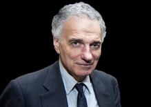 Ralph Nader: Consumer Advocate and Voice against Corporate Power