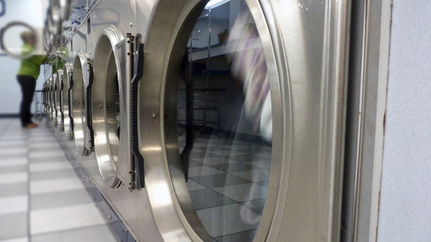 Every Sunday, Matthew Meltzer hauls his dirty clothes to his local laundromat and spends several hours doing a mundane task. Yet, somehow, he loves it. Mostly.   --Produced by Andrew Wardlaw